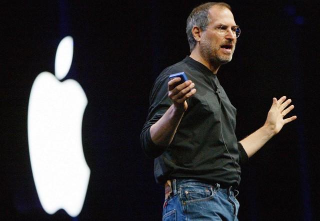 Cũng phá cách, khác người, tỷ phú Richard Branson nghĩ gì về Steve Jobs? - Ảnh 1.