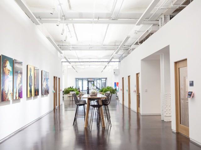 Đột nhập trụ sở mới của Instagram tại New York: có cửa hàng kem, quầy bar, nhiều nơi sống ảo - Ảnh 2.