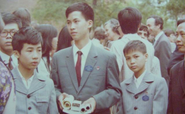 Học sinh Việt Nam lần đầu tiên đoạt Huy chương Vàng Olympic Toán Quốc tế là ai? - Ảnh 2.