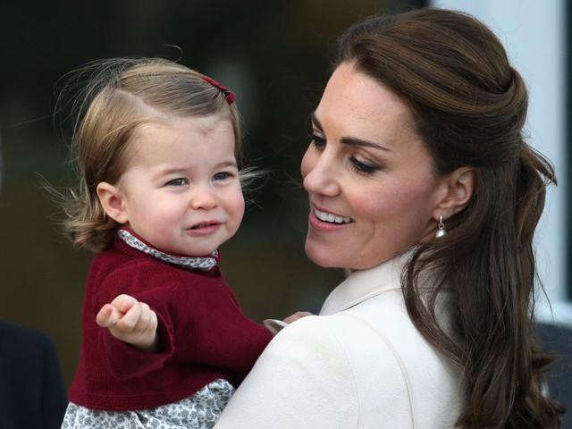 Đây là số tiền công nương Kate Middleton và hoàng tử William tiêu tốn để nuôi được 3 hoàng tử, công chúa - Ảnh 2.