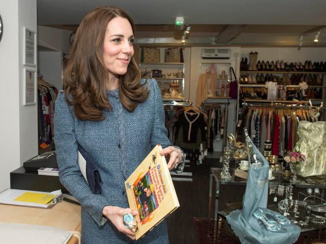 Đây là số tiền công nương Kate Middleton và hoàng tử William tiêu tốn để nuôi được 3 hoàng tử, công chúa - Ảnh 16.