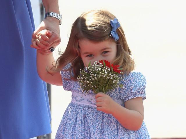 Đây là số tiền công nương Kate Middleton và hoàng tử William tiêu tốn để nuôi được 3 hoàng tử, công chúa - Ảnh 3.
