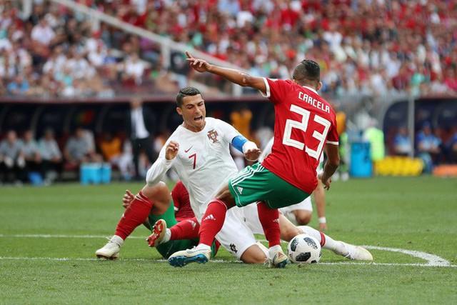 """đầu tư giá trị - photo 2 15295476243231903846499 - Góc nhìn đại chiến: Ronaldo không phải """"người ngoài hành tinh"""", mà là Songoku đời thật"""