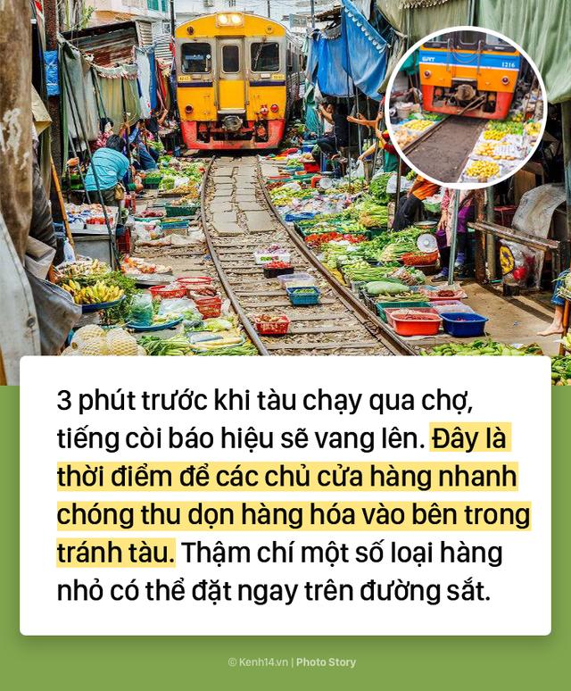 Ở Thái Lan có 1 khu chợ nằm chình ình ngay trên đường ray tàu hỏa - Ảnh 6.