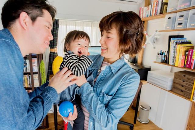Căn hộ siêu nhỏ nhưng đẹp bình yên của gia đình 3 người ở Nhật Bản - Ảnh 6.