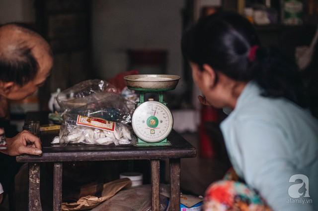Trà dệt hương sen - thứ trà ủ cả ngàn bông sen Hồ Tây đầy tinh tế của Hà Nội - Ảnh 13.