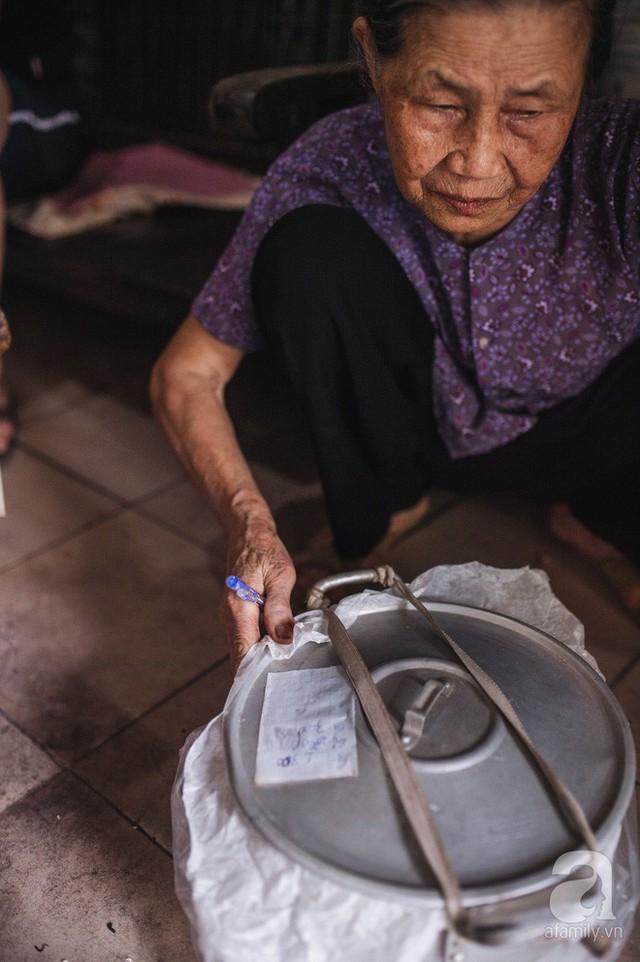 Trà dệt hương sen - thứ trà ủ cả ngàn bông sen Hồ Tây đầy tinh tế của Hà Nội - Ảnh 14.