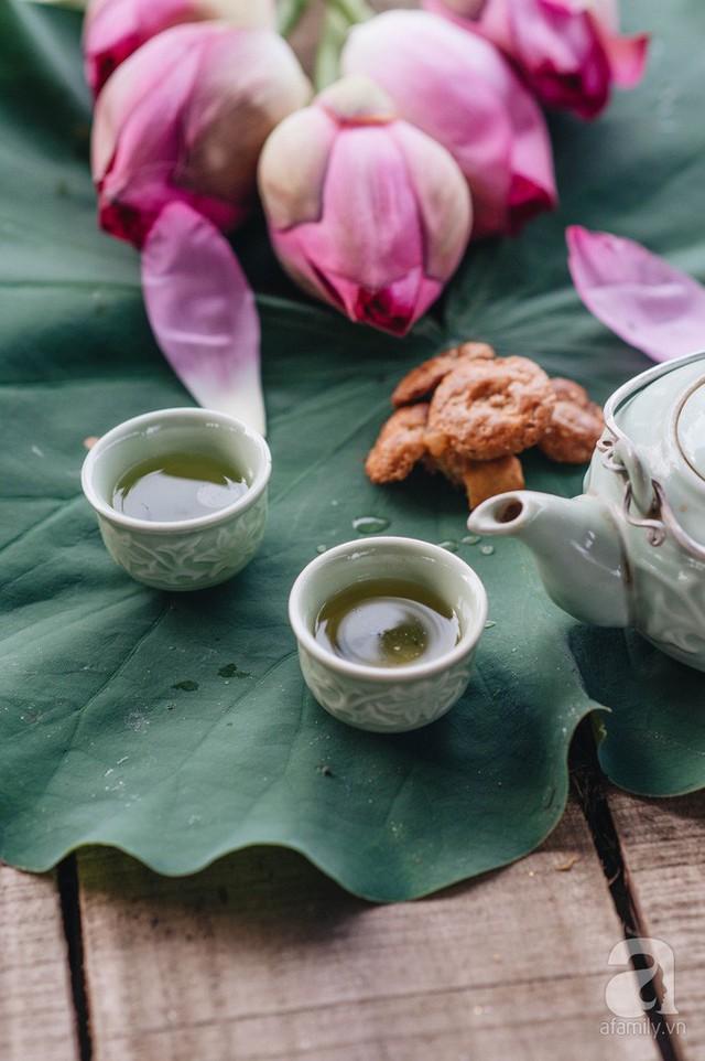Trà dệt hương sen - thứ trà ủ cả ngàn bông sen Hồ Tây đầy tinh tế của Hà Nội - Ảnh 19.