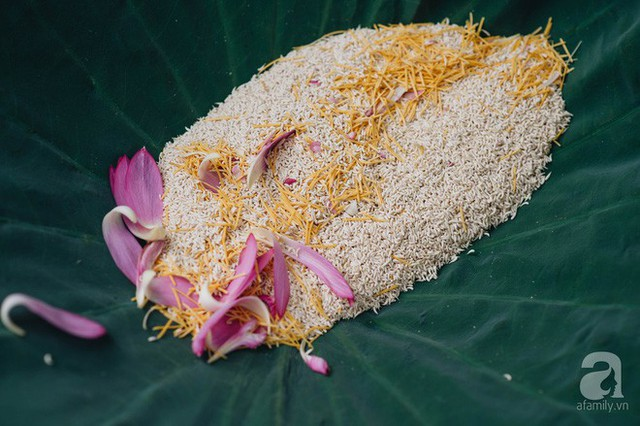 Trà dệt hương sen - thứ trà ủ cả ngàn bông sen Hồ Tây đầy tinh tế của Hà Nội - Ảnh 6.