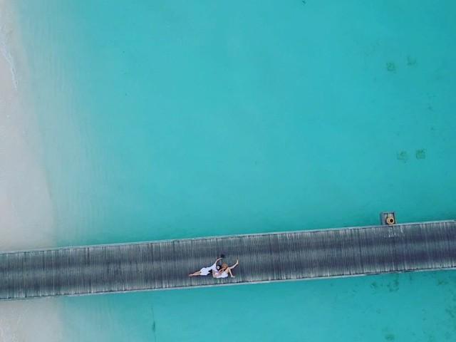 Rộ nghi vấn doanh nhân Nguyễn Quốc Cường chụp ảnh cưới cùng bạn gái tại Maldives - Ảnh 2.