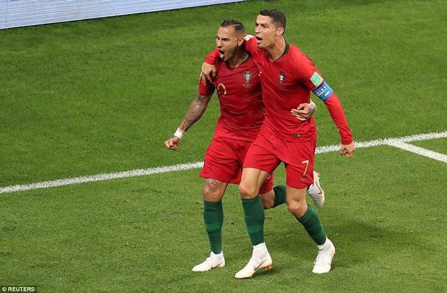 đầu tư giá trị - photo 11 15299758306591732020454 - Nhìn lại trận đấu như phim hành động giữa Bồ Đào Nha và Iran
