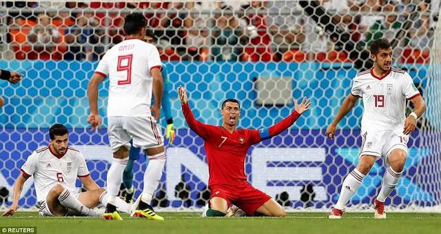 đầu tư giá trị - photo 13 1529975830662871590882 - Nhìn lại trận đấu như phim hành động giữa Bồ Đào Nha và Iran