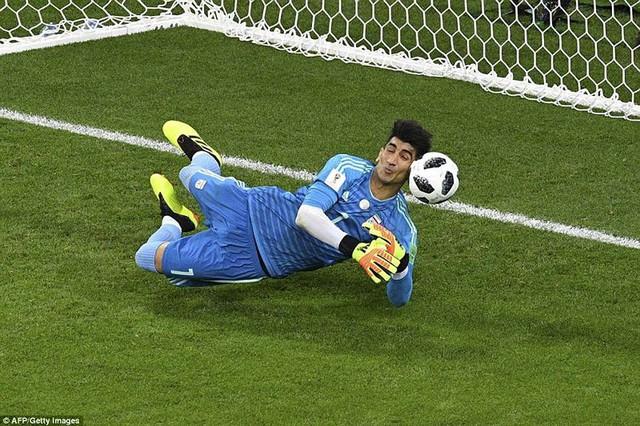 đầu tư giá trị - photo 17 1529975830665601234494 - Nhìn lại trận đấu như phim hành động giữa Bồ Đào Nha và Iran