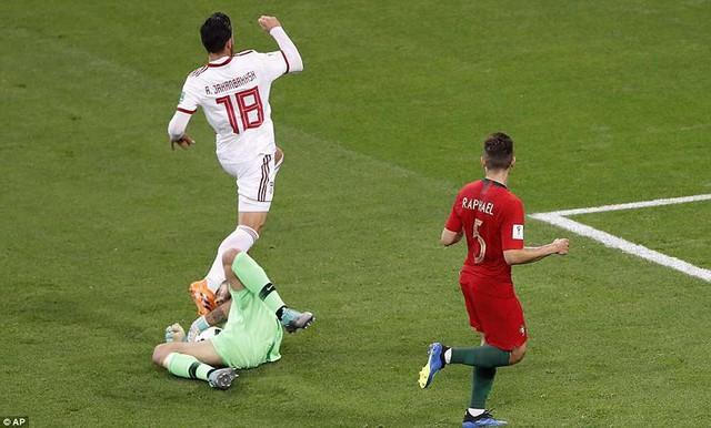đầu tư giá trị - photo 18 15299758306662022293496 - Nhìn lại trận đấu như phim hành động giữa Bồ Đào Nha và Iran