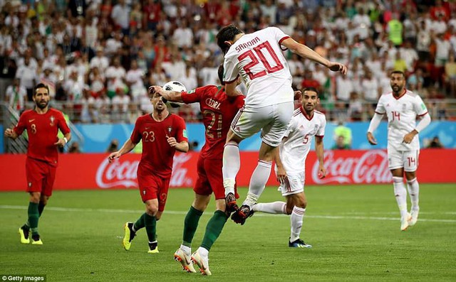 đầu tư giá trị - photo 23 15299758306712055242447 - Nhìn lại trận đấu như phim hành động giữa Bồ Đào Nha và Iran