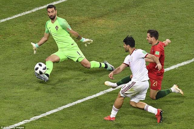 đầu tư giá trị - photo 26 15299758306741323043015 - Nhìn lại trận đấu như phim hành động giữa Bồ Đào Nha và Iran