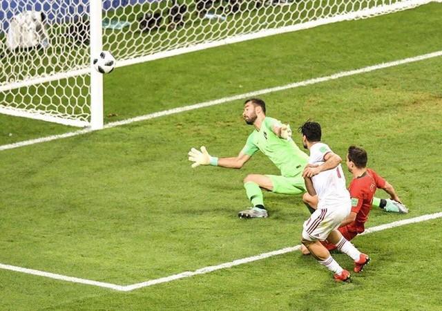 đầu tư giá trị - photo 27 15299758306741418457723 - Nhìn lại trận đấu như phim hành động giữa Bồ Đào Nha và Iran