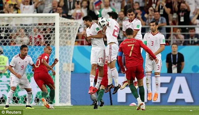 đầu tư giá trị - photo 5 1529975830652277589016 - Nhìn lại trận đấu như phim hành động giữa Bồ Đào Nha và Iran
