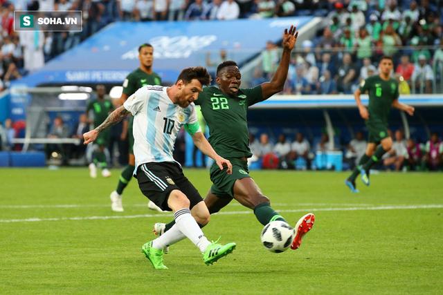 """đầu tư giá trị - photo 1 1530070101865679693822 - Không phải bàn thắng, đây mới là hình ảnh """"điên rồ"""" nhất của Messi trước Nigeria"""