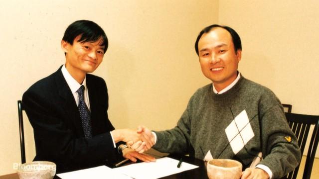 Chân dung doanh nhân Nhật Bản trăm năm mới xuất hiện 1 người: Sở hữu tư duy đầu tư của Warren Buffett, tầm nhìn kinh doanh của Steve Jobs và máu liều của Richard Branson - Ảnh 2.