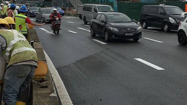 Singapore: Đường hỏng lúc 8h30, 10h sửa xong cho thông xe, chiều cùng ngày, cơ quan điều tra công bố nguyên nhân - Ảnh 4.