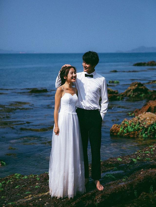 Không cần phải deep đâu, ảnh cưới cứ cười thả ga thế này trông mới dễ thương! - Ảnh 21.