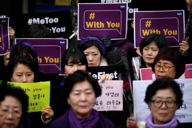 Hàn Quốc đang bỏ rơi những nạn nhân bị tống tình bằng clip sex - Ảnh 2.