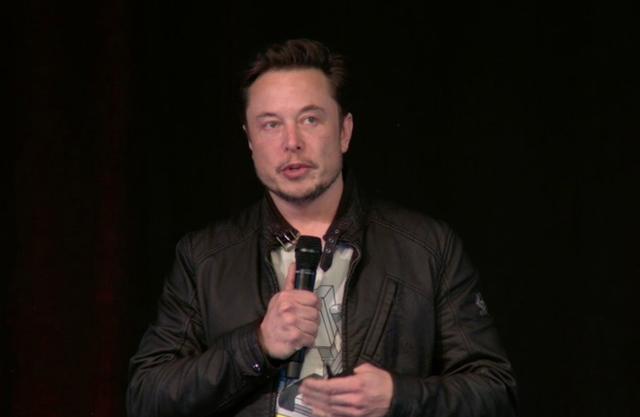 Elon Musk suýt bật khóc tại cuộc họp cổ đông của Tesla, thổ lộ rằng vài tháng vừa qua chẳng khác gì địa ngục - Ảnh 1.