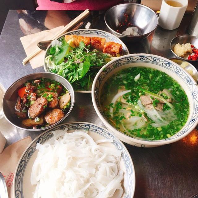 Nhà hàng Việt giữa lòng Seoul nổi tiếng đến nỗi muốn ăn phải xếp hàng tận 20 phút - Ảnh 5.