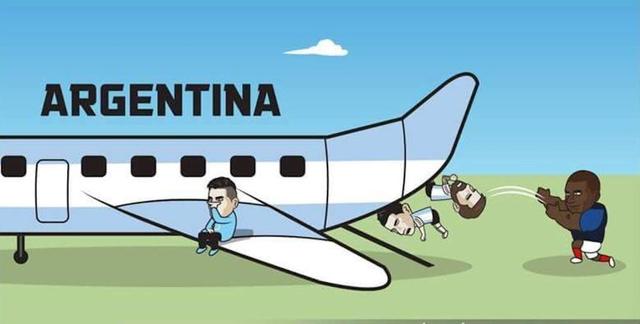 Dân mạng chế ảnh Messi và Ronaldo dắt tay nhau rời World Cup 2018 - Ảnh 3.
