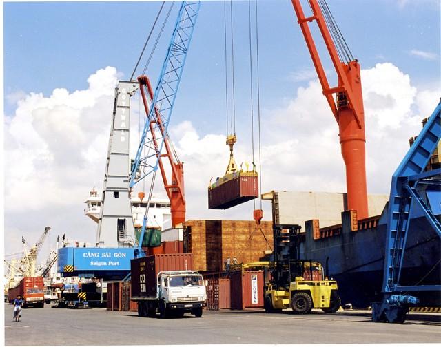 Nikkei: Việt Nam giống như ánh nắng sáng chói trong bầu trời u ám của Trade War - Ảnh 1.