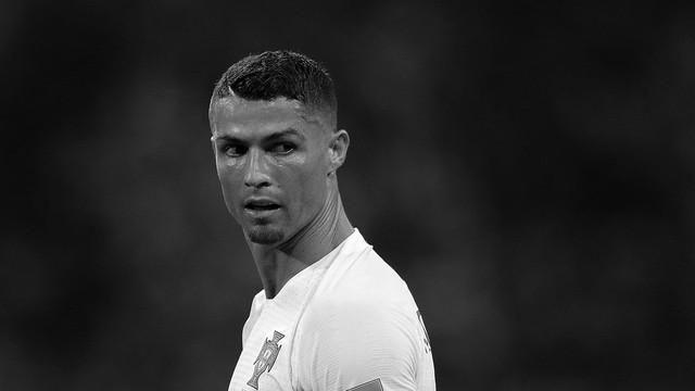đầu tư giá trị - photo 6 1531226481760898678819 - Bộ ảnh trắng đen choáng ngợp về World Cup 2018