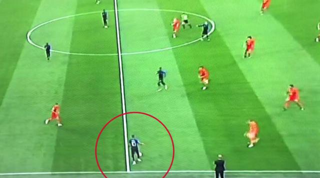 Mbappe chuyền bóng siêu hạng khiến Rio Ferdinand hét lên kinh ngạc - Ảnh 3.
