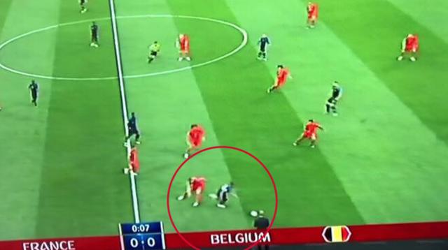 Mbappe chuyền bóng siêu hạng khiến Rio Ferdinand hét lên kinh ngạc - Ảnh 4.