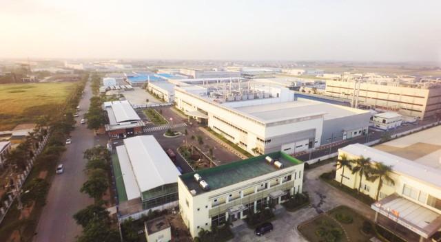 Việt Nam là trung tâm công nghiệp mới của Đông Nam Á, thị trường BĐS công nghiệp trên đà cất cánh - Ảnh 1.