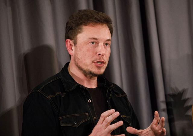 Sau khi chiến dịch giải cứu đội bóng Thái Lan không thành, giờ đây Elon Musk lại muốn cứu rỗi một thành phố khỏi nạn nhiễm chì nguồn nước - Ảnh 1.