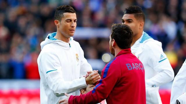 đầu tư giá trị - photo 1 15314643101291322540013 - Ronaldo đi rồi, Messi ở với ai?