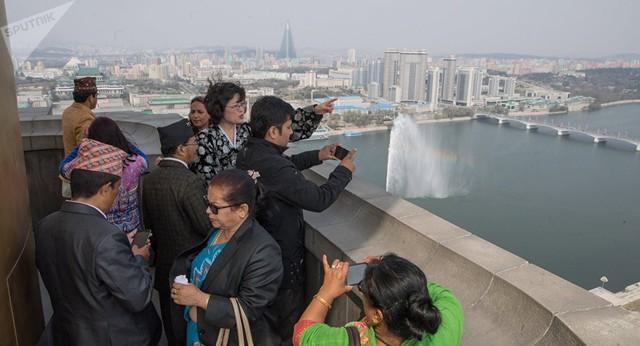 """[Case Study] Du lịch """"mạo hiểm"""" tại Triều Tiên: 35 triệu đồng bao ăn ở, gồm luôn các rủi ro, liệu bạn có dám? - Ảnh 7."""
