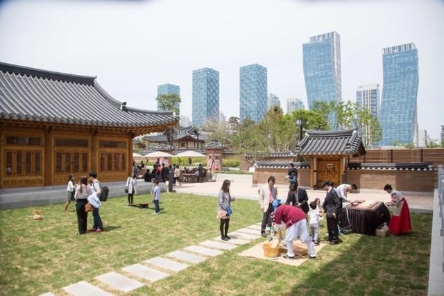 """Bên trong quận kinh tế """"không ô tô"""" 40 tỷ USD của Hàn Quốc - Ảnh 9."""