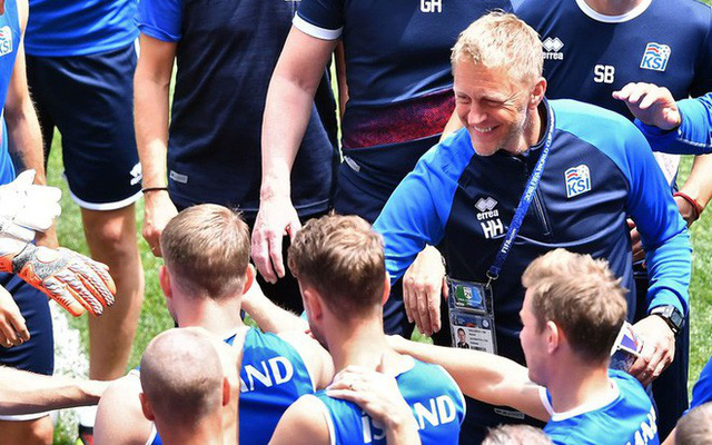 Sau cột mốc lịch sử ở World Cup, HLV Iceland bất ngờ từ chức, trở lại làm... nha sĩ - Ảnh 1.
