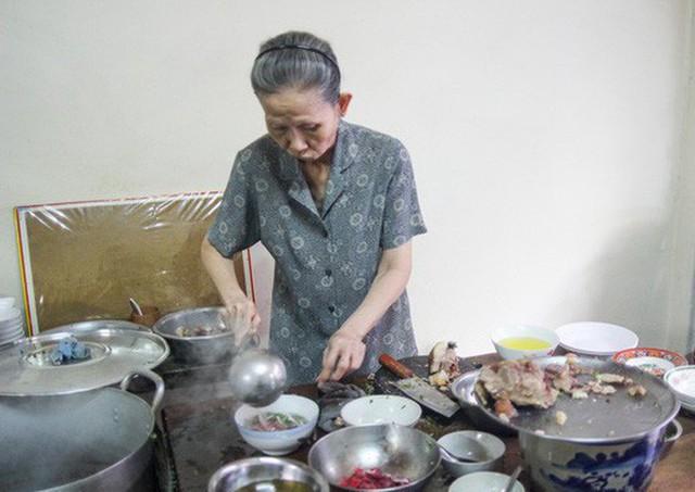 Những quán phở có từ thời ông bà anh tại Sài Gòn - Ảnh 14.