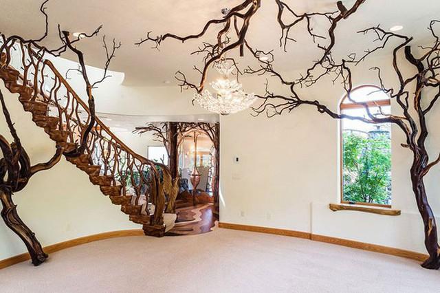 Bên ngoài thì rất bình thường, chỉ khi bước vào trong bạn mới hiểu tại sao ngôi nhà này có giá 7,6 triệu USD - Ảnh 10.