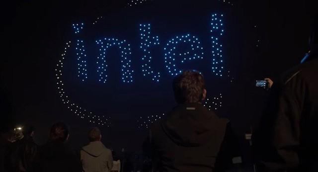 Đón sinh nhật lần thứ 50, Intel phá kỷ lục Guinness với màn trình diễn ánh sáng hoành tráng cùng 2,018 drone - Ảnh 2.