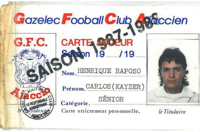 Cầu thủ bịp bợm vĩ đại nhất thế giới: Suốt 26 năm sự nghiệp, không đá một trận bóng nào - Ảnh 3.