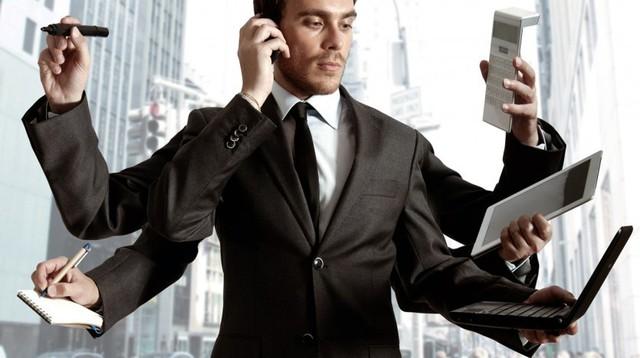 Từng bỏ vị trí GĐ để làm nhân viên bán hàng, CEO Eximrs nhắn nhủ các bạn trẻ: Phải biết nhún mới lớn được, mới ra trường đừng đặt chữ danh lên đầu! - Ảnh 2.
