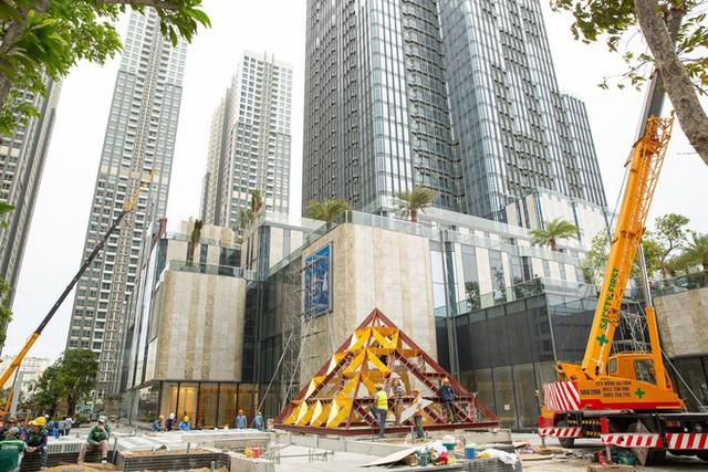 4 ngày trước khi khai trương, tòa nhà cao nhất Việt Nam hiện ra sao? - Ảnh 2.