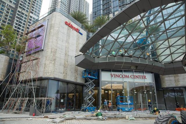 4 ngày trước khi khai trương, tòa nhà cao nhất Việt Nam hiện ra sao? - Ảnh 3.