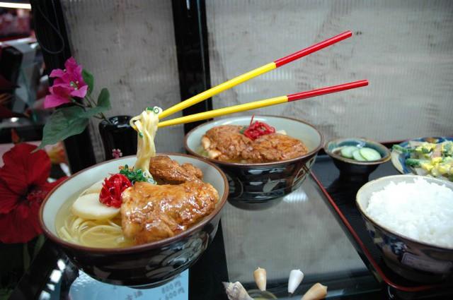 Bất ngờ với thị trường đồ ăn nhựa trị giá 90 triệu USD của Nhật Bản - Ảnh 3.