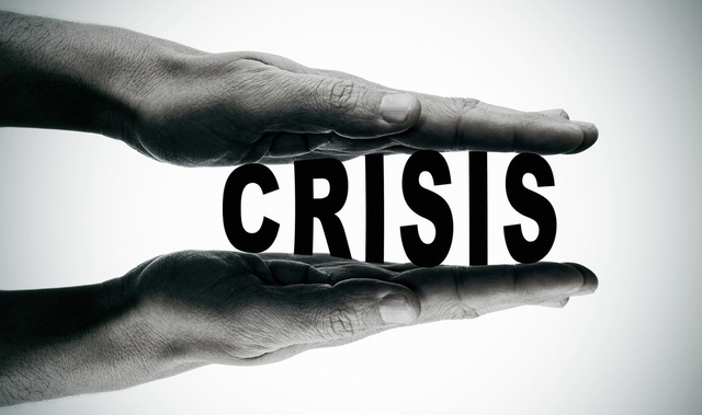 đầu tư giá trị - crisis 1533006518352854690054 - Dù trẻ hay già, bất cứ ai cũng cần biết các điều sau để đối phó với những cú sốc khủng hoảng trong cuộc đời