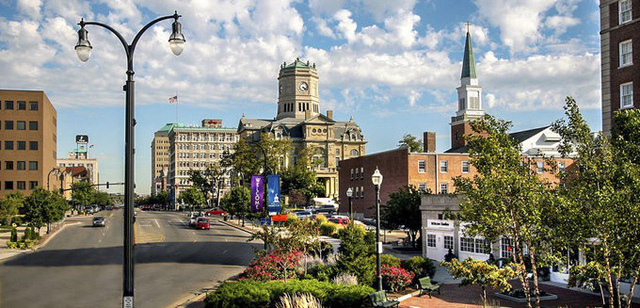 6 thành phố đẹp như thiên đường, Mỹ phải cho tiền dân mới chịu đến ở - Ảnh 1.